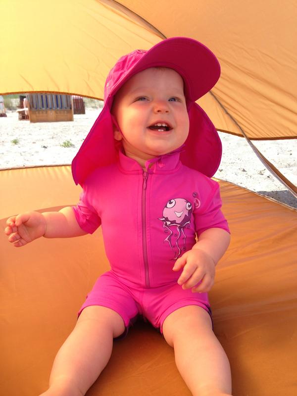 Urlaub mit Kleinkind UV Schutz Badekleidung