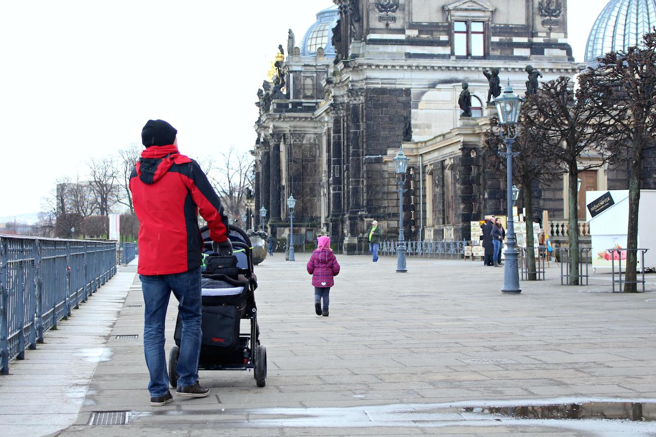 Reisen mit Kleinkind Dresden Gebäude