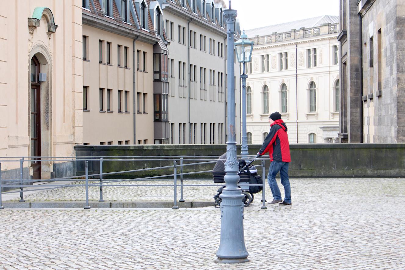 Reisen mit Kleinkind Dresden Kinderwagen