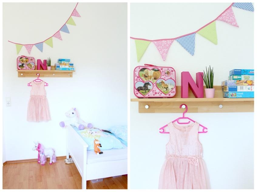 Kinderzimmer Mädchen Regal Kleid Wand