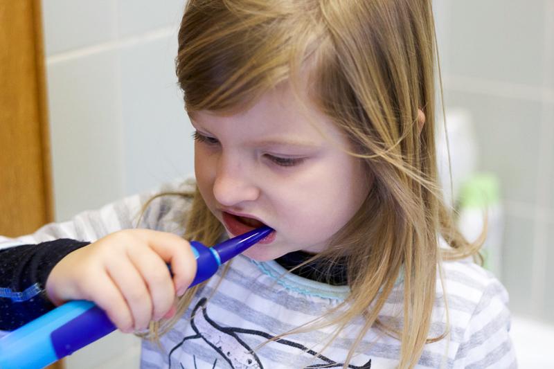 Elektrische Zahnbürste Playbrush